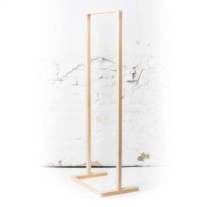 Laaki puinen design vaaterekki